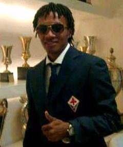 Juan Cuadrado in Fiorentina il giorno della firma